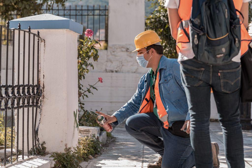 Ηράκλειο: Έλεγχος κτιρίων μετά τους απανωτούς σεισμούς από κλιμάκιο μηχανικών