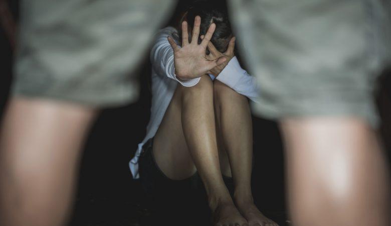 Ακόμη ένα κρούσμα: Κατηγορούμενος για βιασμό ανηλίκων γνωστός ηθοποιός – Σοκάρουν οι περιγραφές