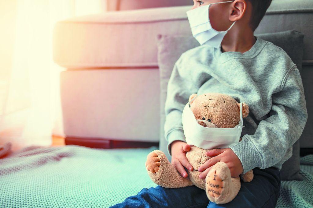 Κορoναϊός : Ποια παιδιά κινδυνεύουν από σοβαρή Covid-19 – Τι πρέπει να γίνει με τον εμβολιασμό