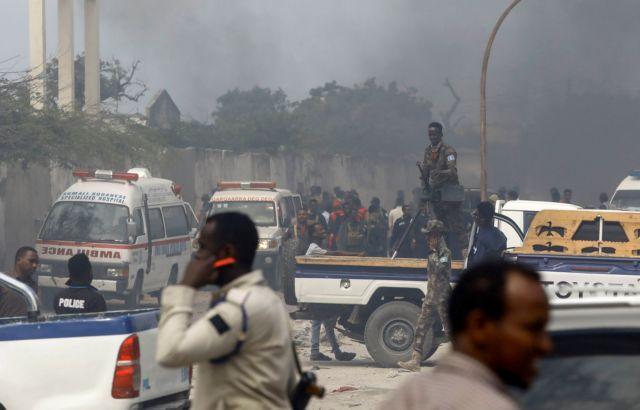 Σομαλία – Εκρηξη βόμβας σε λεωφορείο που μετέφερε ποδοσφαιρική ομάδα