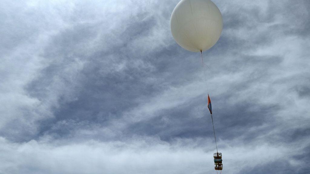 Θεσσαλονίκη: Δεν ήταν UFO, ήταν μετεωρολογικό αερόστατο