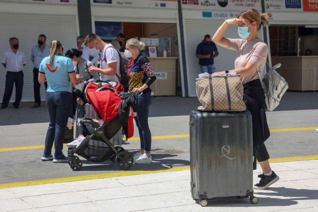 Κοροναϊός: Ο οδικός χάρτης για τις μετακινήσεις, την εργασία, την εστίαση