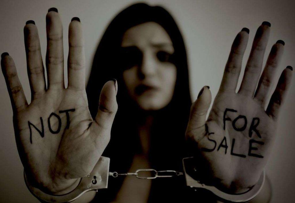 Εμπορία ανθρώπων: Το 73% των θυμάτων στην Ελλάδα είναι γυναίκες και ανήλικα – Μέτρα για την καταπολέμηση του trafficking
