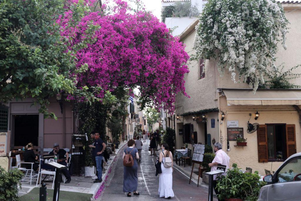 Μετάλλαξη: Στη δίνη της «Δέλτα» η Ελλάδα – 70πλάσια τα κρούσματα τις πρώτες μέρες του Ιουλίου φέτος σε σχέση με πέρσι