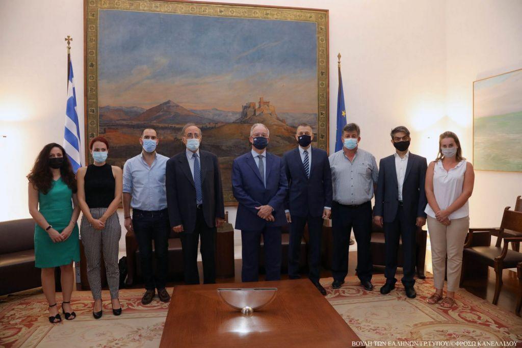 Η Βουλή χρηματοδοτεί την ανέγερση Μνημείου Πεσόντων του '40 στο Καλπάκι