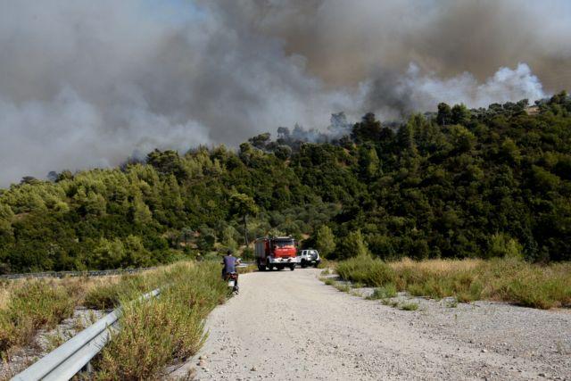 Φωτιά στην Αχαΐα – «Κάηκαν πάνω από 20 σπίτια στη Ζήρια»