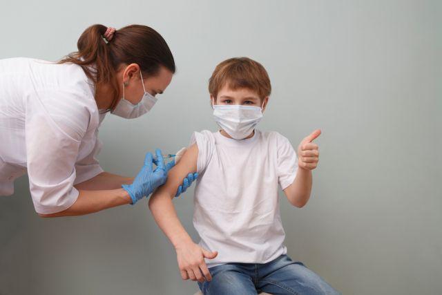Τούντας – Το όριο για τον εμβολιασμό των παιδιών από τα12 έτη πρέπει να κατέβει στα 5 έτη