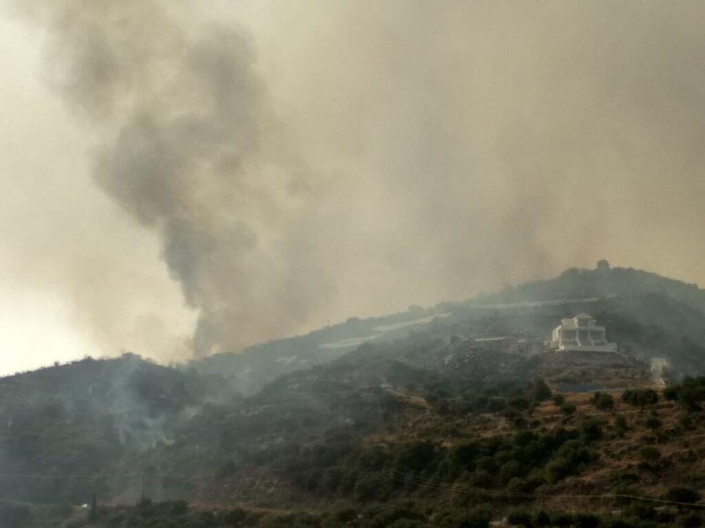 Φωτιά σε Μεσσηνία και Μάνη – Καλύτερη εικόνα από τα τρία μέτωπα