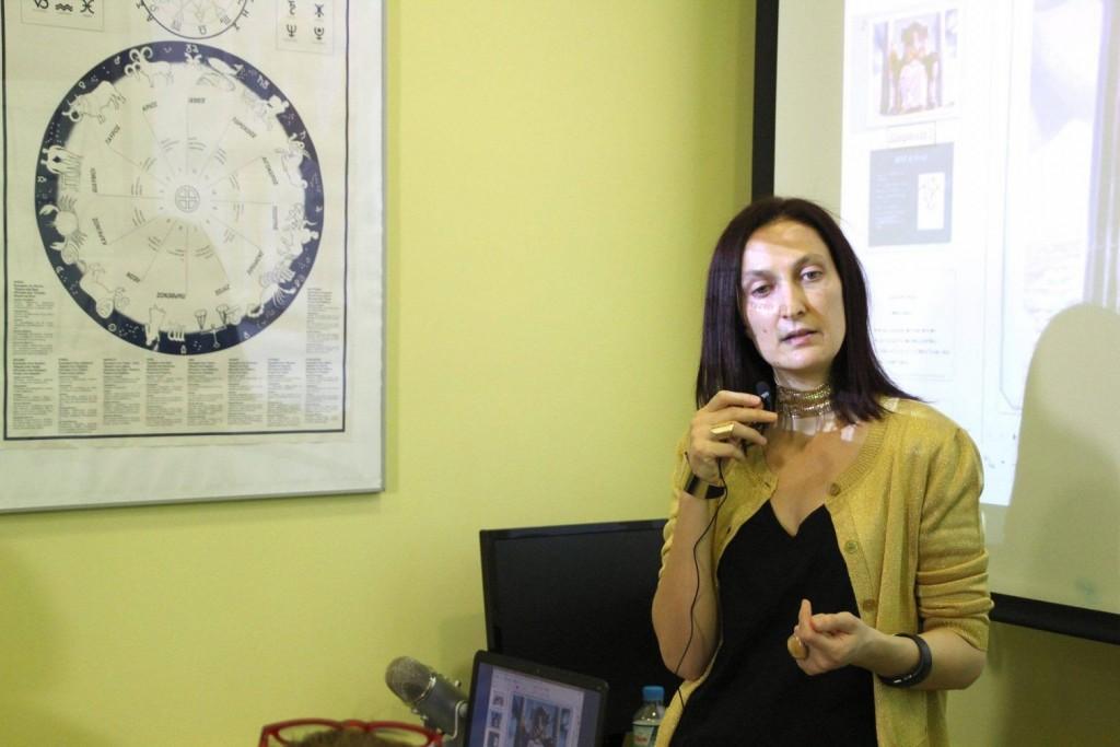 Πέθανε η γνωστή αστρολόγος Έλενα Μένεγου