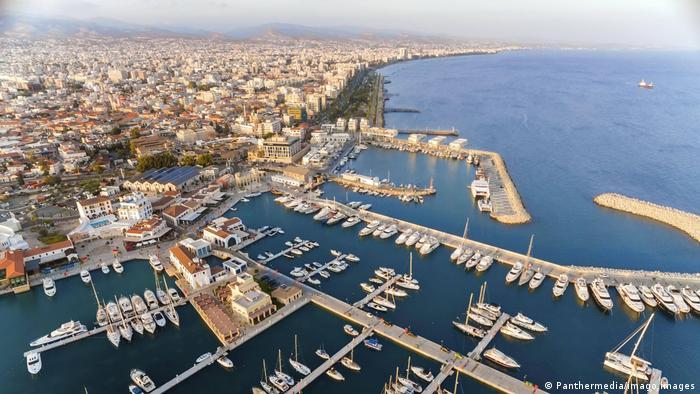 «Σιωπή» στην Κύπρο παρά τις πιέσεις για τo Pegasus