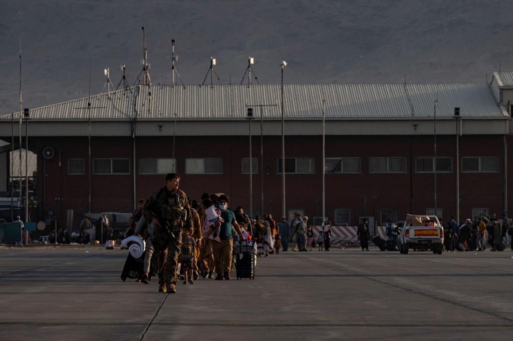 Αφγανιστάν – Η Ρωσία στέλνει τέσσερα αεροσκάφη για να παραλάβουν 500 ανθρώπους