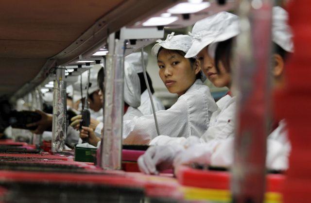 Κίνα – Ξεμένουν τα εργοστάσια από νέα εργατικά χέρια;