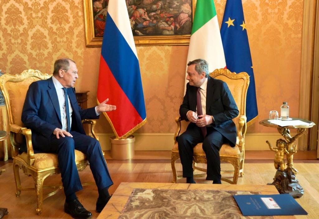 Ρώμη – Τις εξελίξεις στο Αφγανιστάν συζήτησαν Ντράγκι – Λαβρόφ