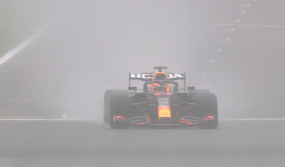 F1 – Pole Position για τον Φερστάπεν στο βροχερό Βέλγιο