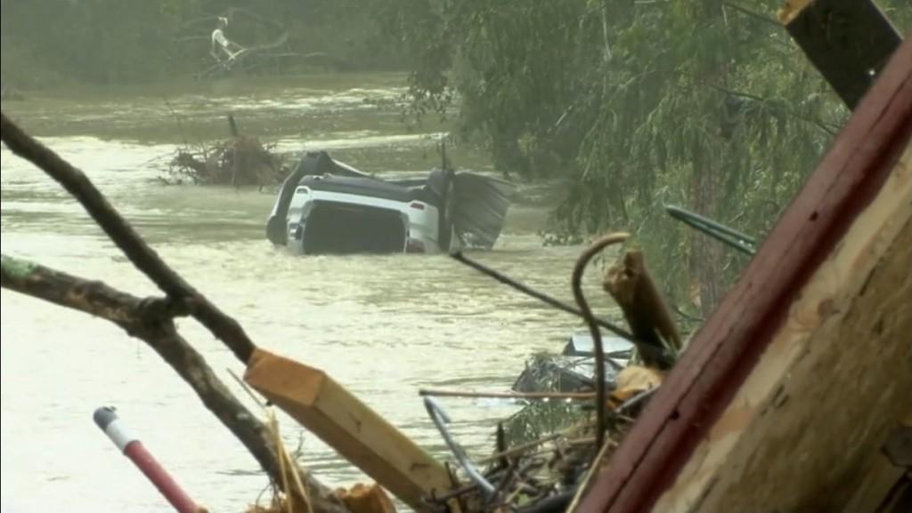 ΗΠΑ – Φονικές πλημμύρες σαρώνουν τη χώρα – Τουλάχιστον 21 οι νεκροί
