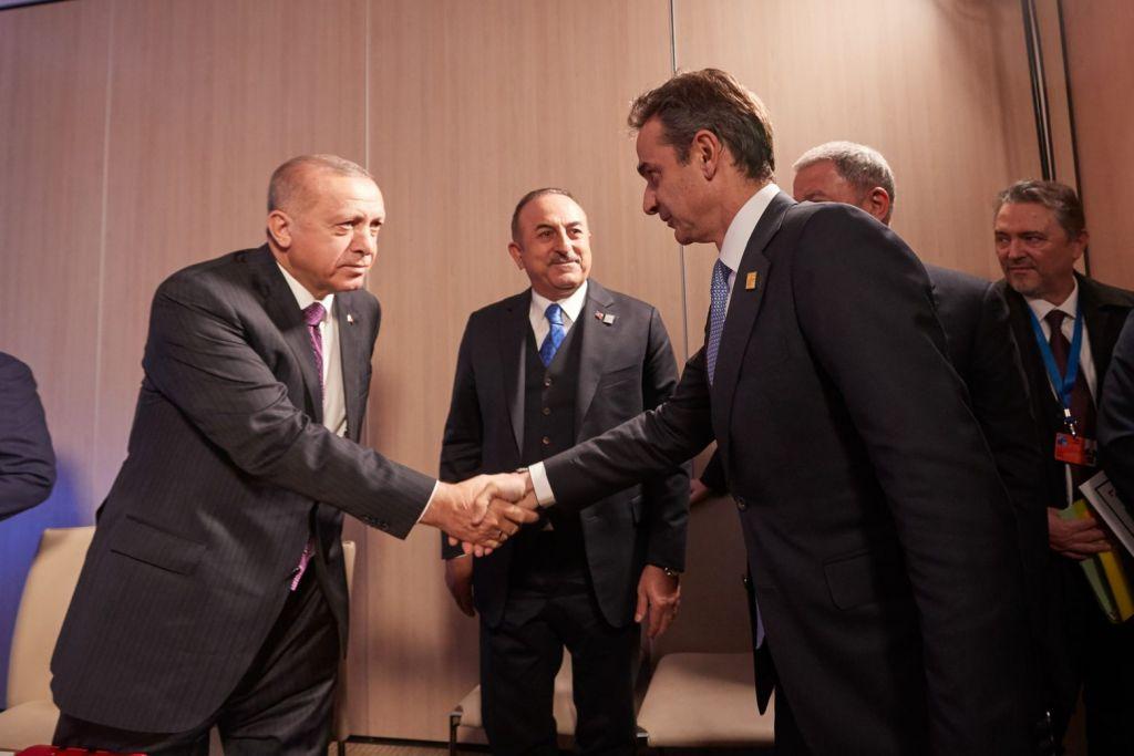 Mitsotakis, Erdogan conferring on Afghan refugee crisis