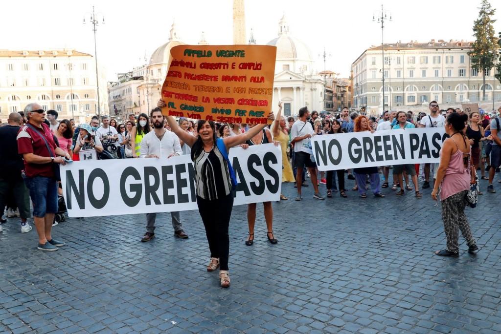 Ιταλία – Αντιεμβολιαστής χτύπησε δημοσιογράφο