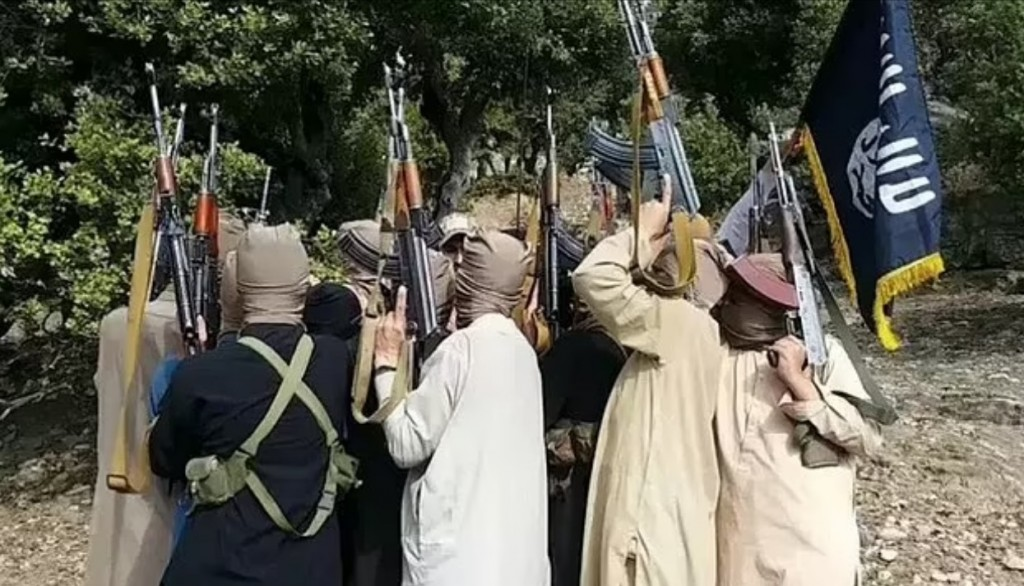 ISIS-K – Η πραγματική απειλή για τρομοκρατική επίθεση στο αεροδρόμιο της Καμπούλ – Θεωρούν τους Ταλιμπάν «φιλελεύθερους»