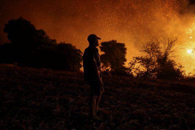 Εκρηξη σε κοντέινερ τίναξε πυροσβέστες – Είναι καλά στην υγεία τους