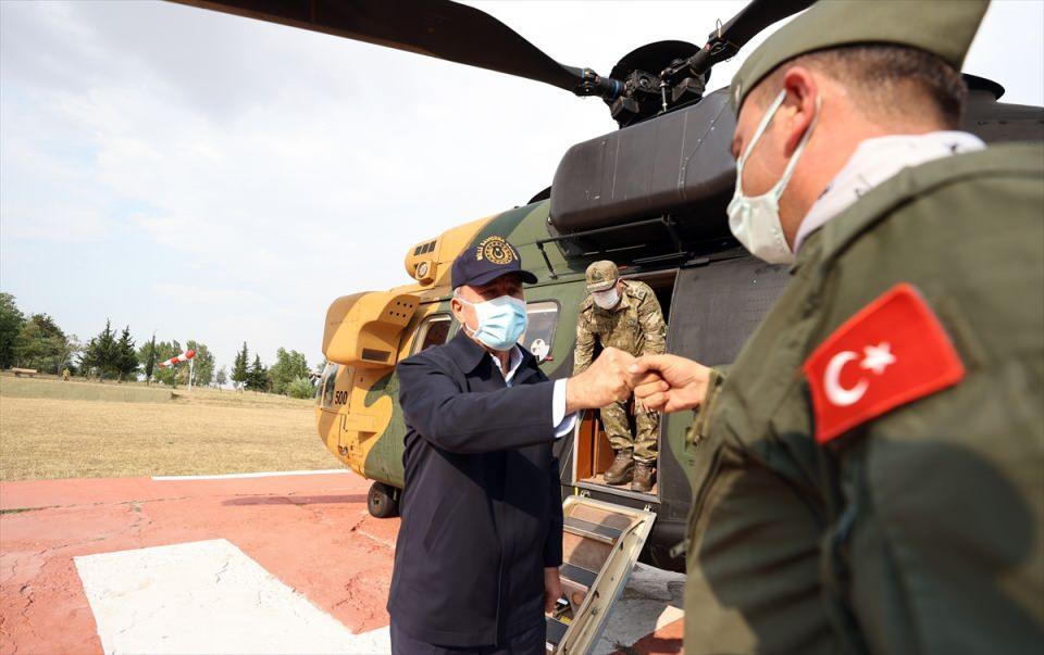 Στα ελληνοτουρκικά σύνορα ο Ακάρ – Επανέφερε τις προκλητικές αξιώσεις και κατηγόρησε την Ελλάδα για επιθετική πολιτική