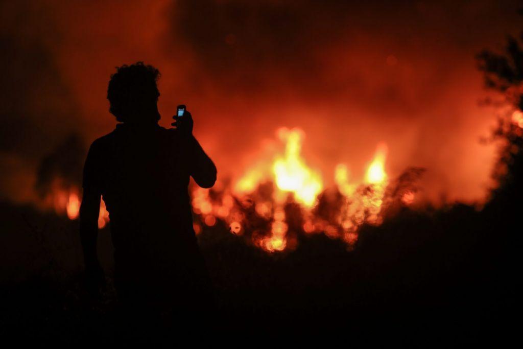 Δήμαρχος Μαντουδίου – Κάηκε η Αγία Άννα, η Κεράμεια και η Παλαιόβρυση