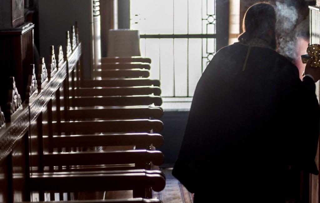 Κοροναϊός – «Καμπάνα» 1.500 ευρώ σε ιερέα που δεν τήρησε τα μέτρα για την πανδημία