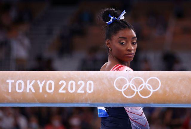 Ολυμπιακοί Αγώνες – Ενόργανη γυμναστική: Η Σιμόν Μπάιλς επέστρεψε και κέρδισε το χάλκινο μετάλλιο
