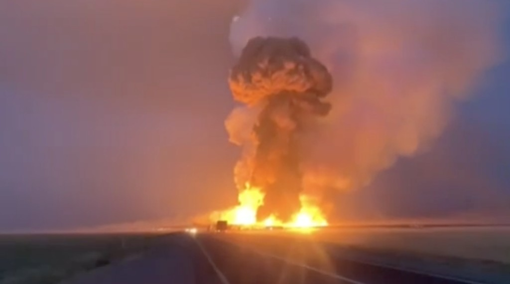 Πολύνεκρη έκρηξη σε αποθήκη εκρηκτικών συγκλόνισε το Καζακστάν