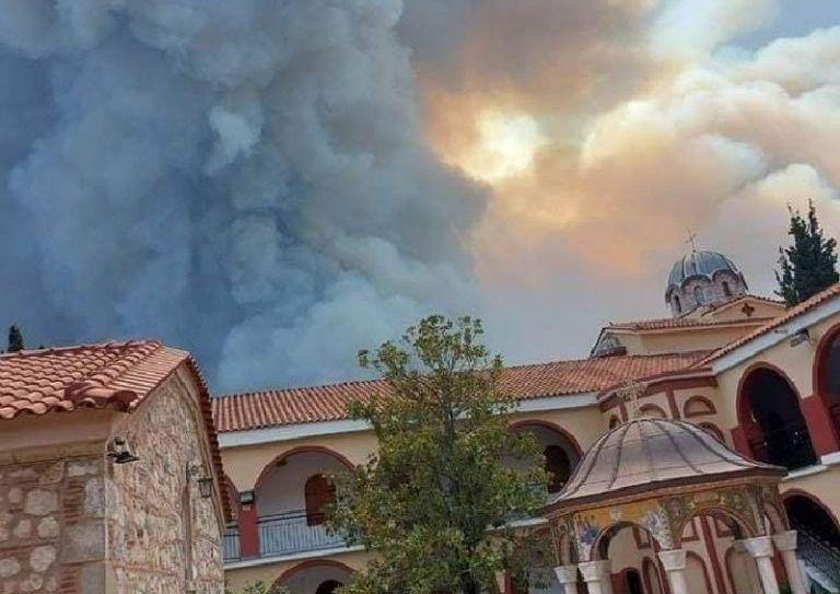 Εύβοια – «Ιστορική φωτιά του αιώνα» – Δραματικές δηλώσεις για την πύρινη λαίλαπα