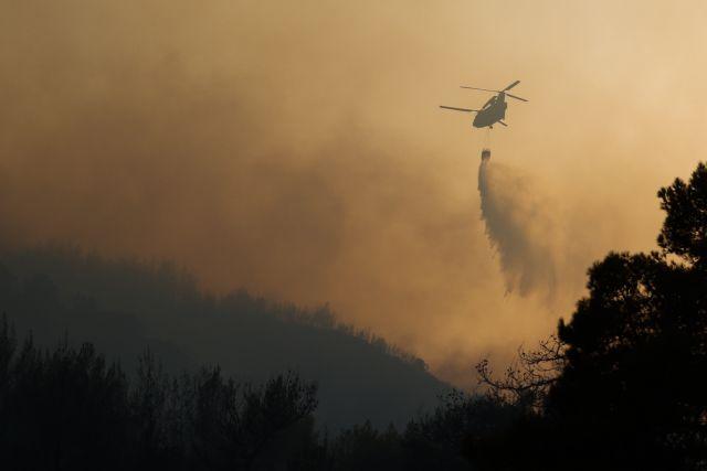Φωτιά στην Αχαΐα – Δορυφορικές εικόνες από το πύρινο μέτωπο