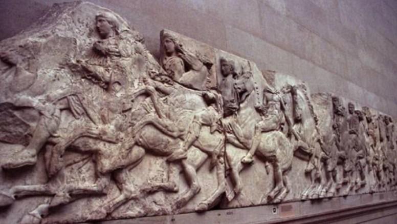 Μενδώνη σε Βρετανικό Μουσείο – «Επιστρέψτε τα Γλυπτά του Παρθενώνα – Επικίνδυνες οι συνθήκες φύλαξης»