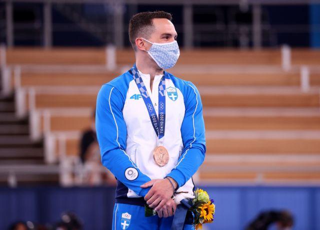 Λευτέρης Πετρούνιας – Η απονομή του χάλκινου μεταλλίου στον Ολυμπιονίκη