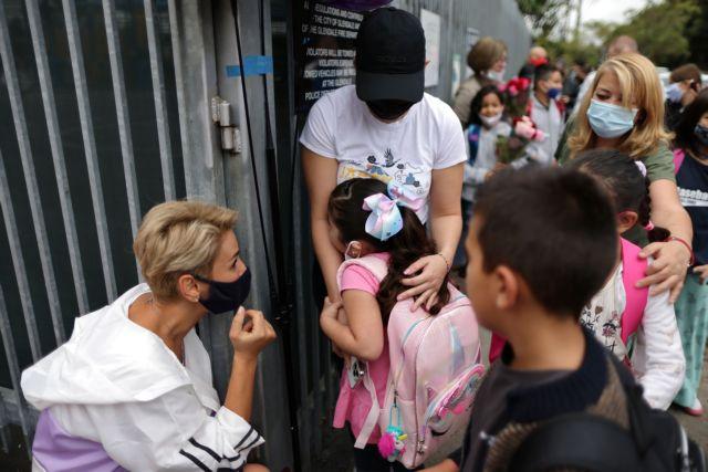 Κοροναϊός – Πίεση στα παιδιατρικά νοσοκομεία των ΗΠΑ ασκεί η «Δέλτα» – 1.800 νοσηλείες σε μια εβδομάδα