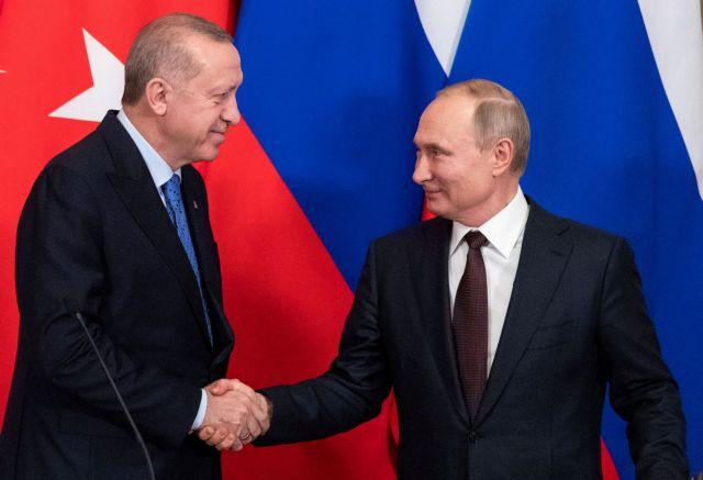 Πούτιν και Ερντογάν συμφώνησαν σε ενίσχυση της διμερούς συνεργασίας για το Αφγανιστάν