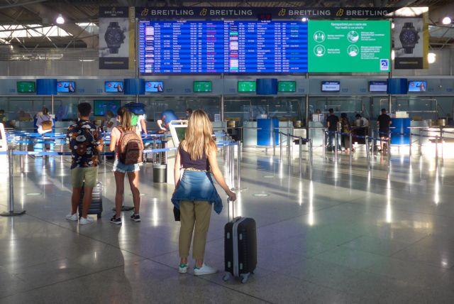 Παράταση οδηγιών για τις πτήσεις εσωτερικού – Πώς θα ταξιδεύουμε ως τις 30 Αυγούστου