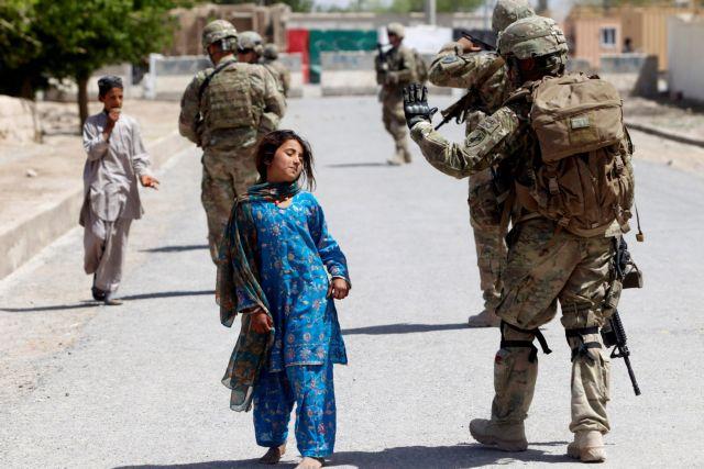 Καμπούλ – Βρετανοί ξέχασαν στην πρεσβεία τους έγγραφα με στοιχεία αφγανών συνεργατών