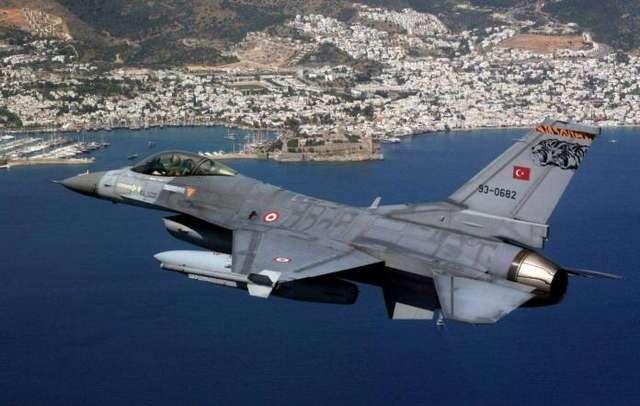 Τουρκία –  Παραβιάσεις από μαχητικά μέσα στη νύχτα