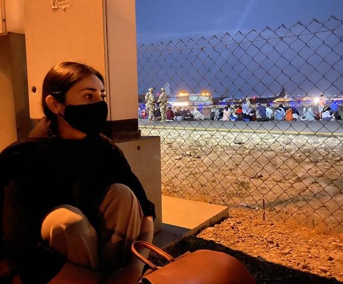 Αφγανιστάν – «Αντίο πατρίδα» – Η σπαρακτική ανάρτηση γυναίκας που εγκατέλειψε τη χώρα