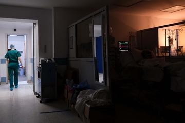 Γκάγκα – Γεμίζουν με περιστατικά κοροναϊού οι ΜΕΘ – Ασθενείς με άλλα νοσήματα μένουν εκτός
