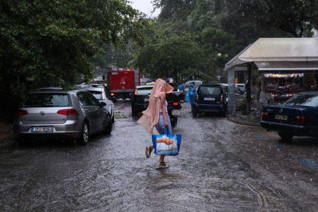 Αγριεύει ο καιρός – Έρχονται καταιγίδες και χαλαζοπτώσεις – Πού θα «χτυπήσουν» τα έντονα φαινόμενα