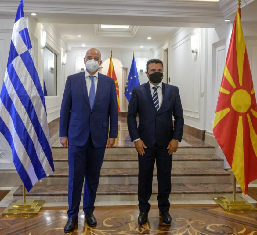 Συνάντηση με τον Ζάεφ είχε ο Δένδιας – Τι είπαν για την εφαρμογή της Συμφωνίας των Πρεσπών