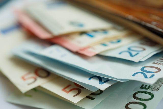 Οι φοροελαφρύνσεις, η ΔΕΘ και η αγωνία για το ΑΕΠ