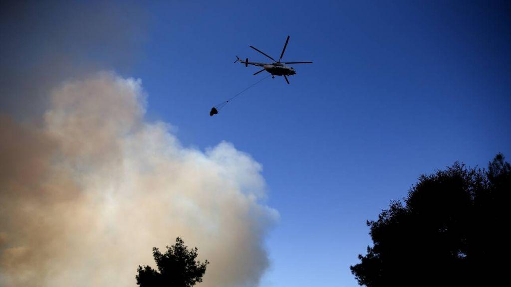 Φωτιά στην Ηλεία – Πληροφορίες για έναν αγνοούμενο άνδρα στο χωριό Πεύκες