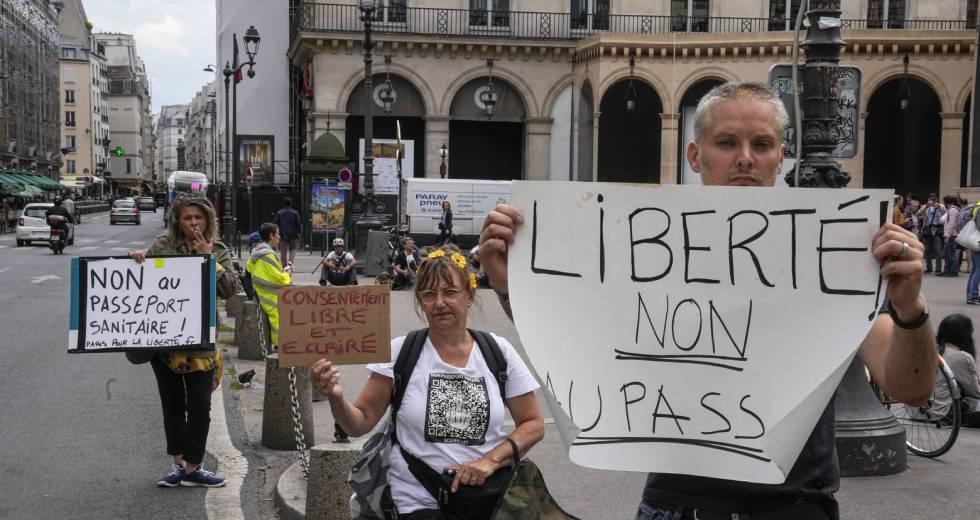 Κοροναϊός – Το Συνταγματικό Δικαστήριο της Γαλλίας επικύρωσε το υγειονομικό πάσο