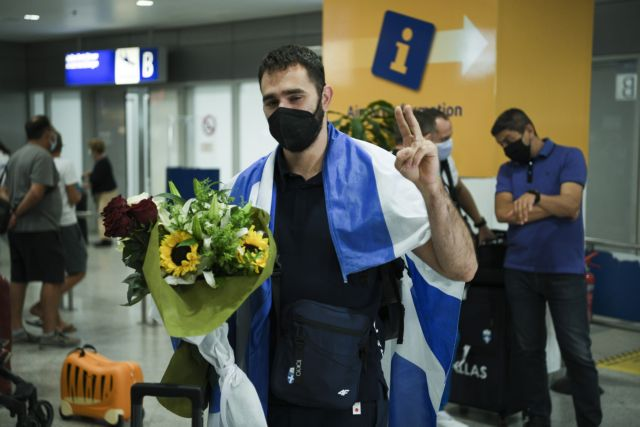 Θοδωρής Ιακωβίδης – Επέστρεψε από το Τόκιο ο Έλληνας αρσιβαρίστας