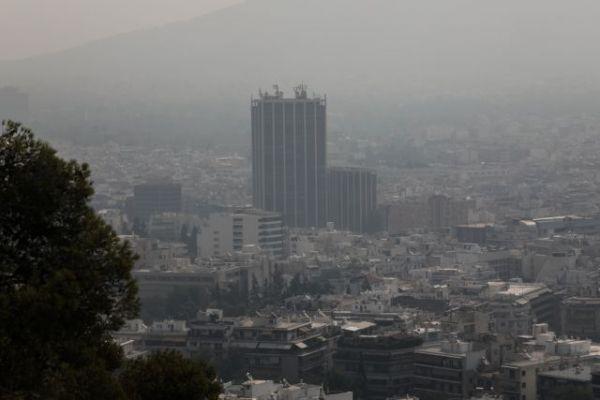 Εκρηκτικό» κοκτέιλ λόγω φωτιάς και καύσωνα - Αποπνικτική η ατμόσφαιρα - Τι  πρέπει να προσέξετε | in.gr