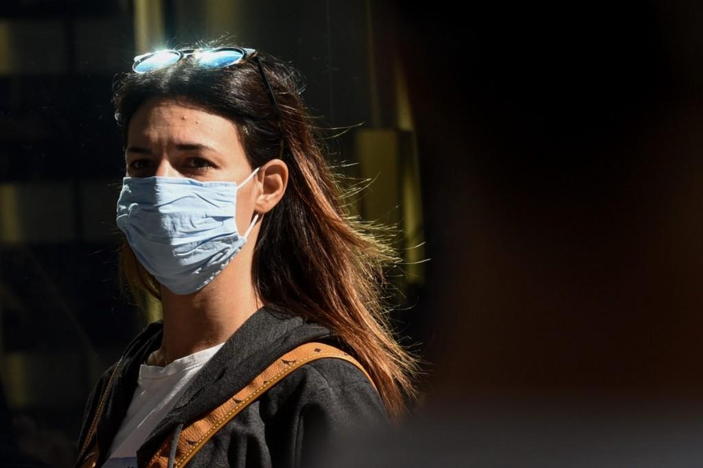 Βασιλακόπουλος – «Ξαναγίνεται υποχρεωτική η χρήση μάσκας»