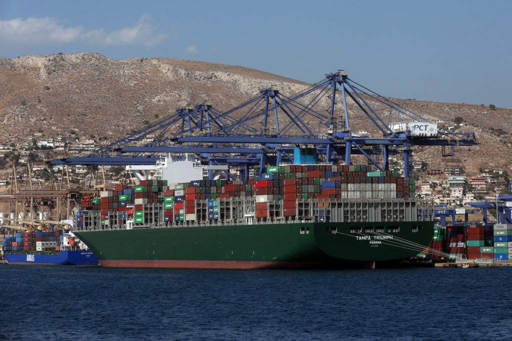 Piraeus – Container traffic increased in July – Lost two places in the world rankings