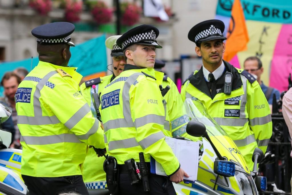 Βρετανία: Σύλληψη άνδρα που φέρεται να τοποθέτησε βελόνες σε τρόφιμα τριών σούπερ μάρκετ