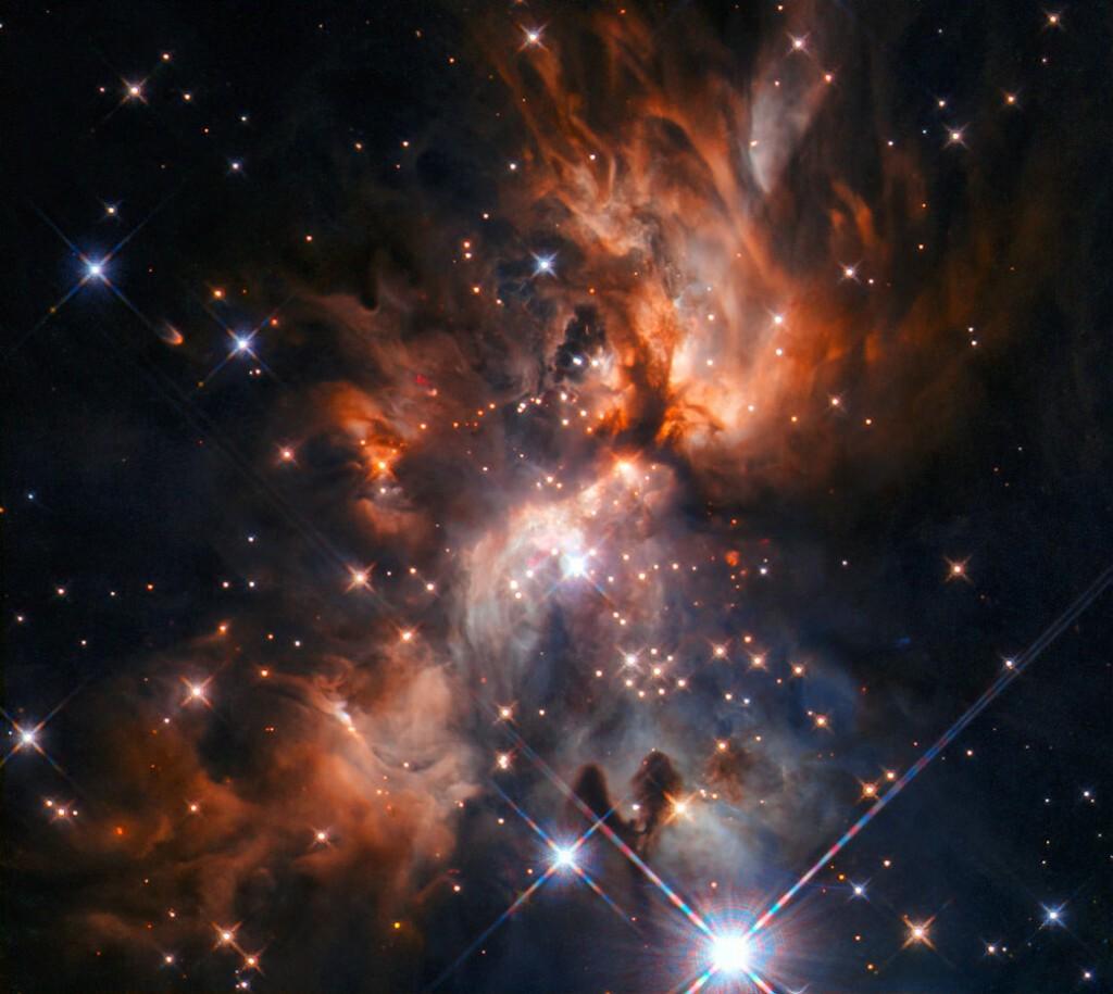 Το Hubble απαθανατίζει φαντασμαγορικό μαιευτήριο άστρων
